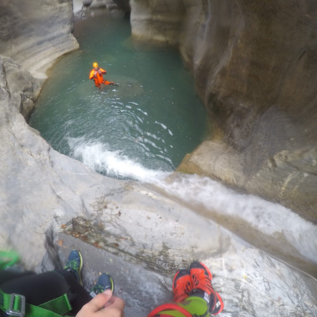 saut dans le canyon de Gorgol