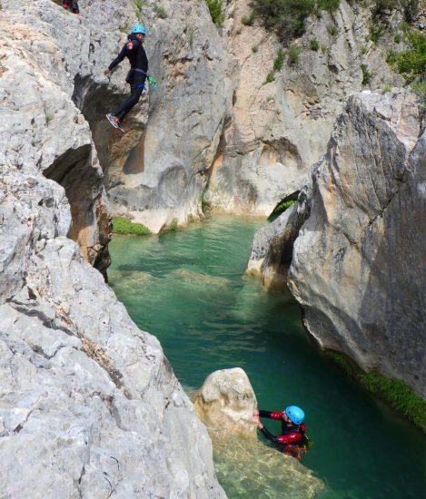 saut dans le canyon de peonera