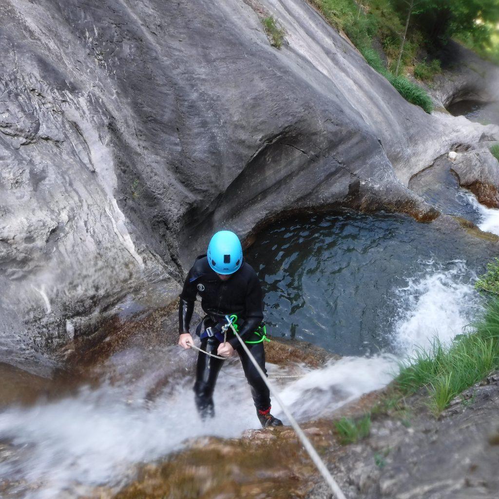 descentes en rappel dans le canyon de Besse