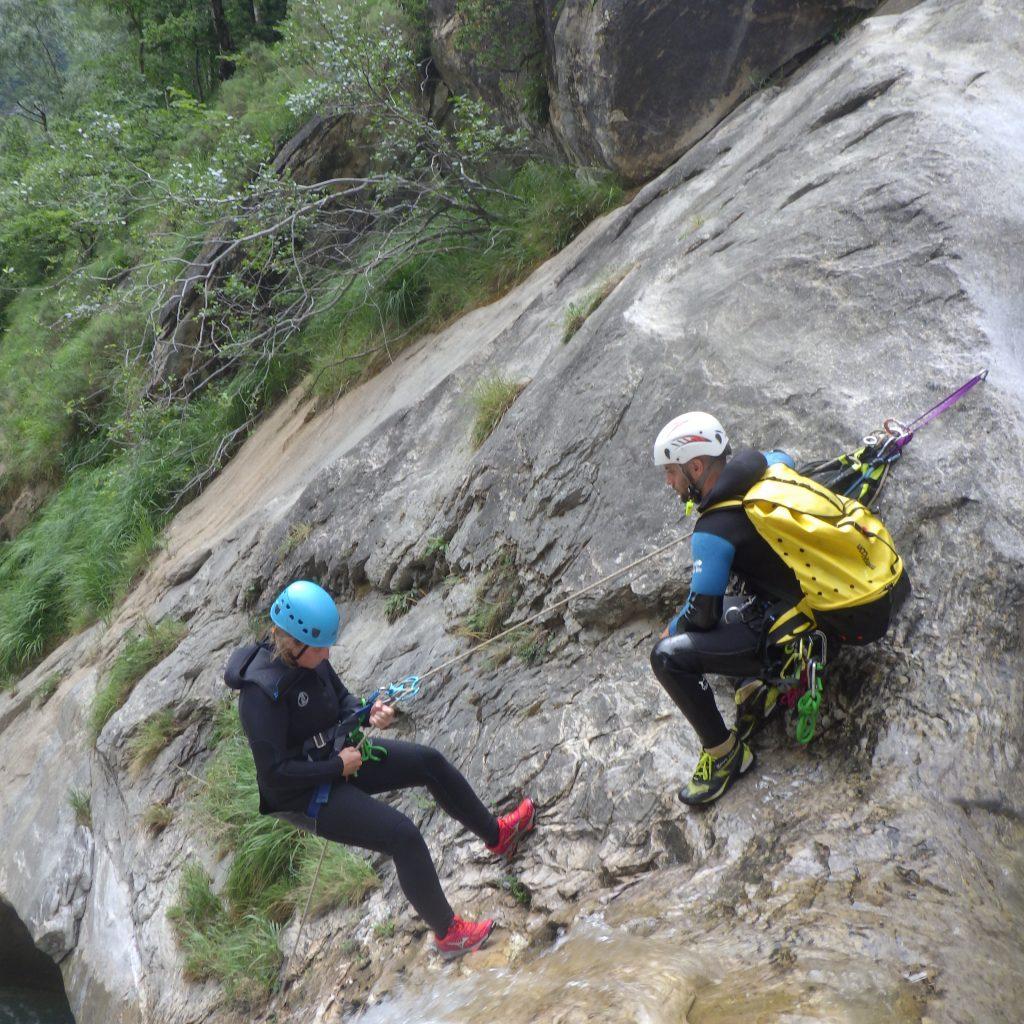 se former pour s'occuper du groupe en canyon