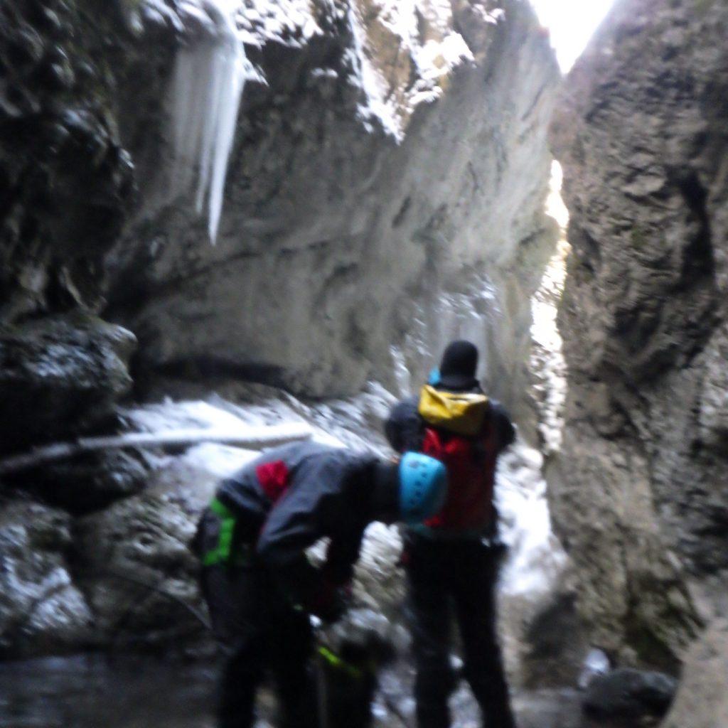 canyoning hivernal free'ze canyon dans le Bitet inférieur