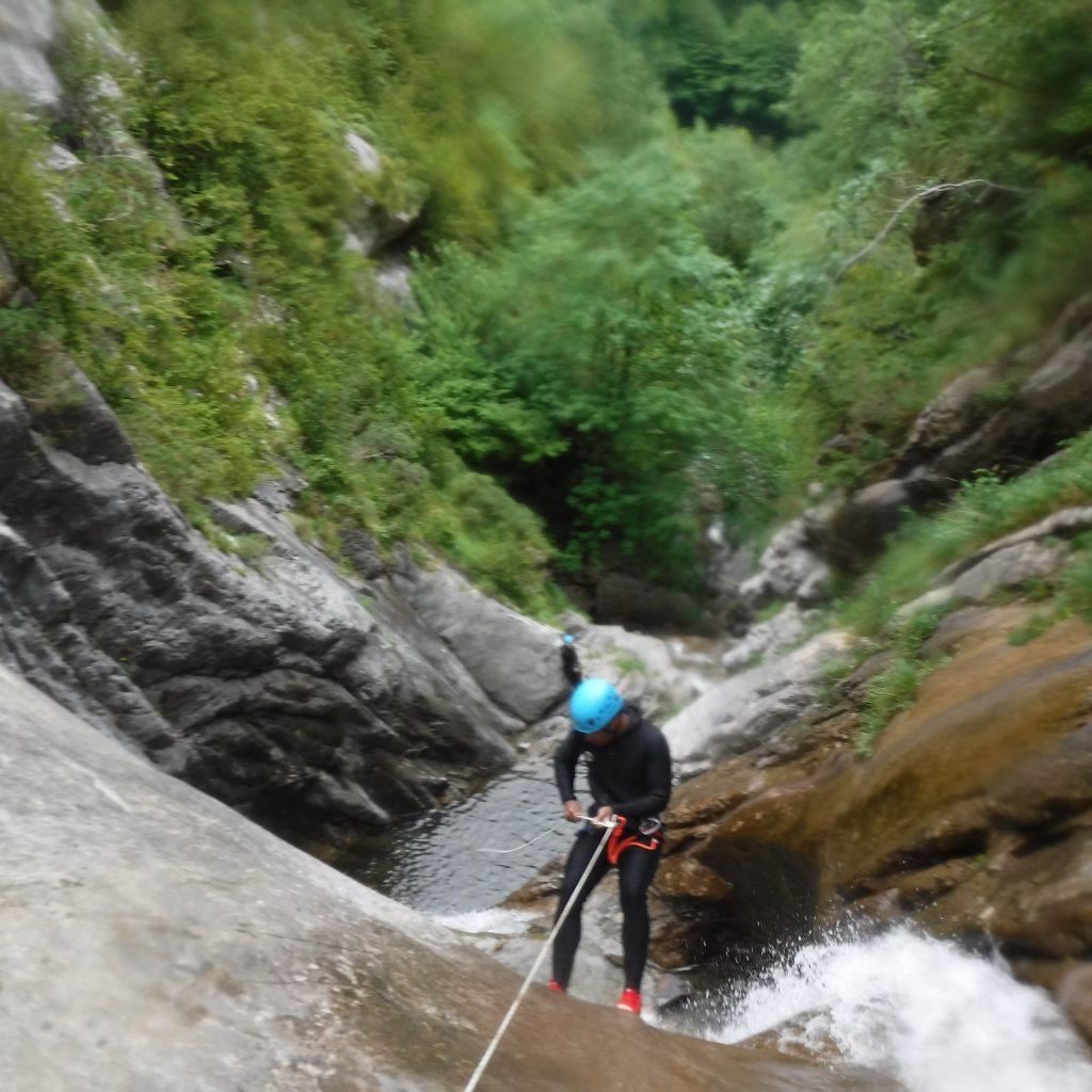 enchaînements de rappels canyon de besse