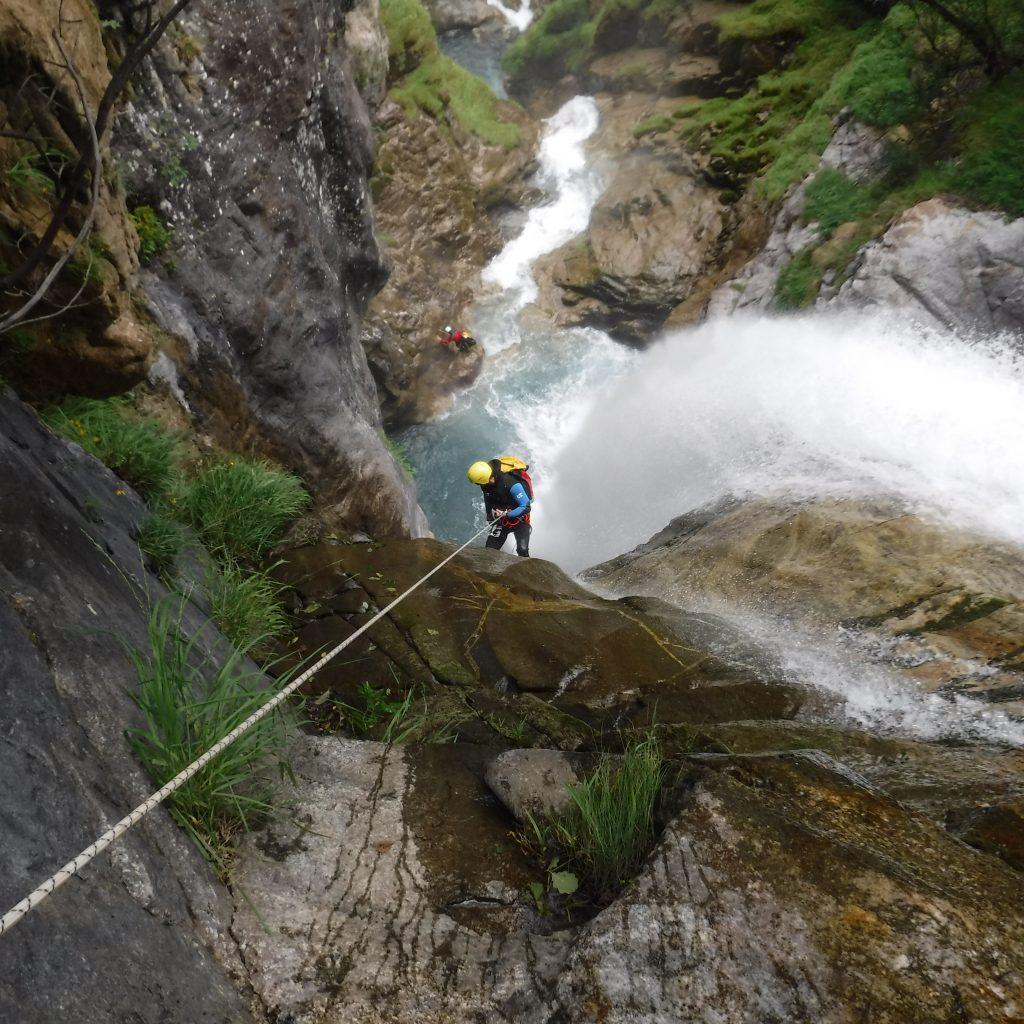 rappel de 50m etres dans le canyon de Saugué