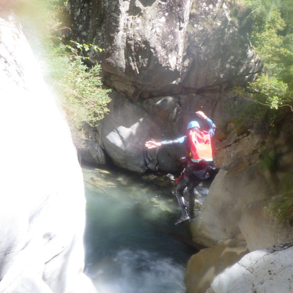 saut dans le canyon de saugué inferieur
