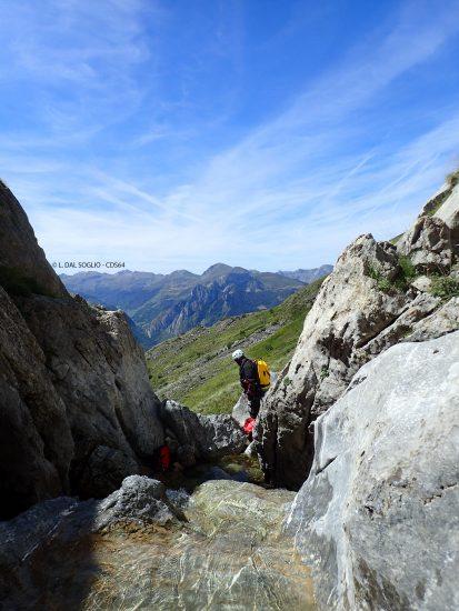 descente bivouac du canyon du Yese rappel dans la partie haute